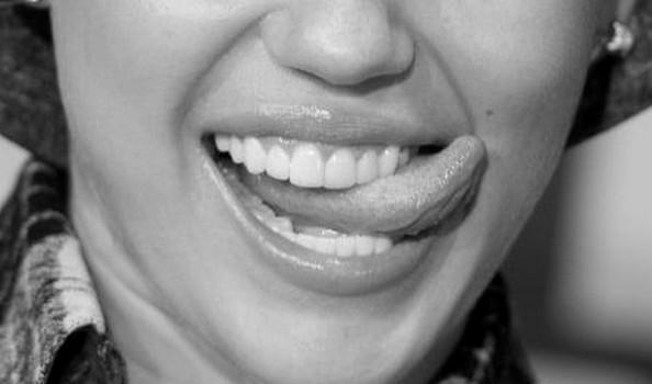 femme noire fontaine fellation et ejaculation