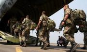 Des caches d'armes découvertes au Mali par la France