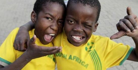 Mondial 2015: DHL veut donner le sourire à 5 enfants Africains